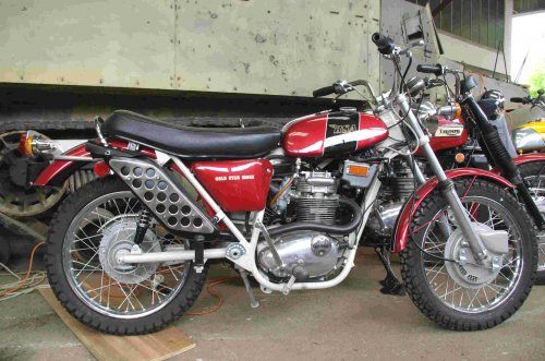 BSA 250 Gold Star